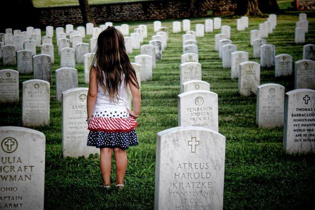 Comment pouvez-vous économiser de l'argent sur un enterrement?