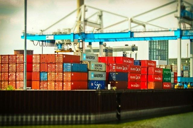 Comment se fait le transport de marchandises?