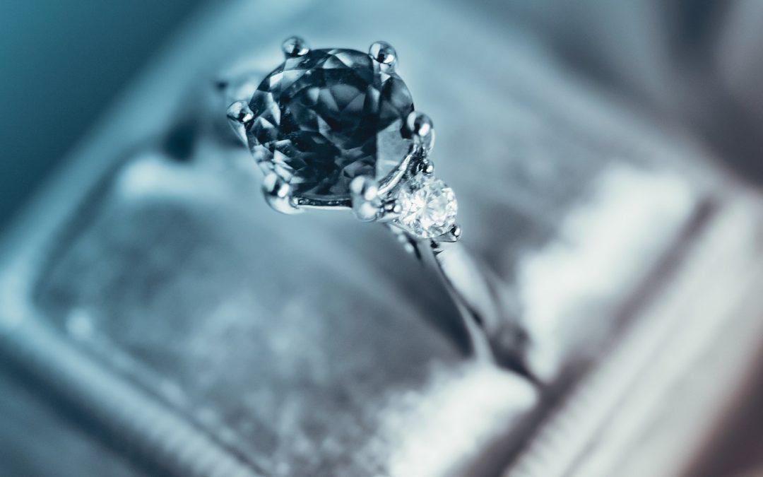 5raisons d'opter pour l'indémodable bague diamant solitaire