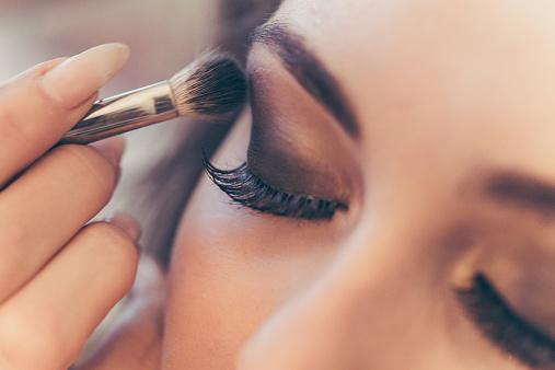 Comment obtenir un stage en maquillage à Lille